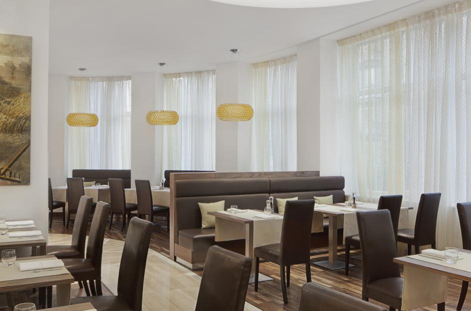 Taste the delicious dishes, prepared by qualified specialists in Flavors Restaurant.